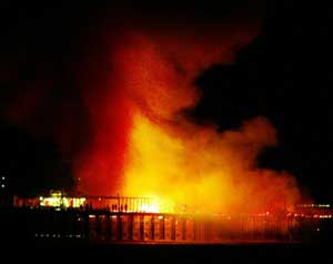 Southend Pier Fire Essex Oct. 2005 for ITV ~ HVC